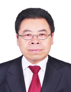雷万青教授